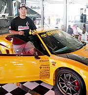 Tamiya driver Dave Jun scores an Acura NSX at Radio Shack XMOD finals!