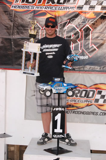 Jammin wins the 2010 JBRL Electric Series Unlimited 4wd Short Course Class