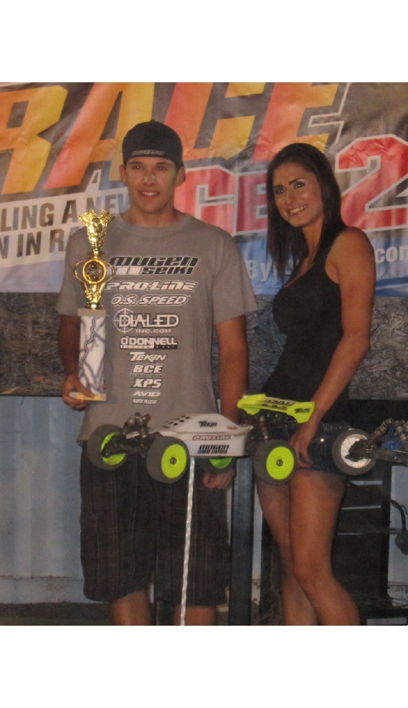 Dylan Rodriguez and Tekin win Electric 1/8 Buggy at Byron Off Road Challenge