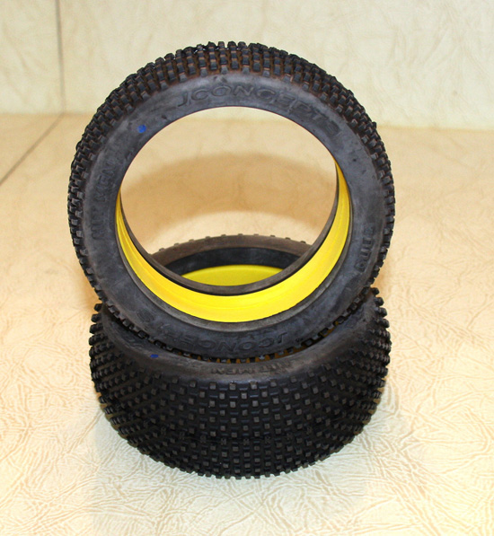 JConcepts Hit Men Tires and Mono Max Wheels