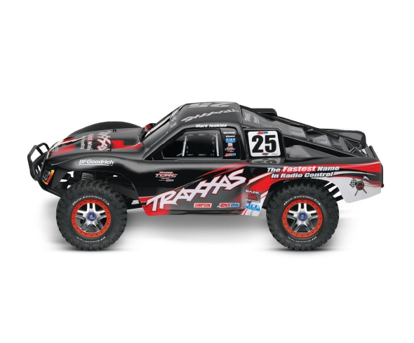 "Traxxas Slash 4X4 wins RCCA Truck of the Year award and is named ""Best Innovation"" by readers"