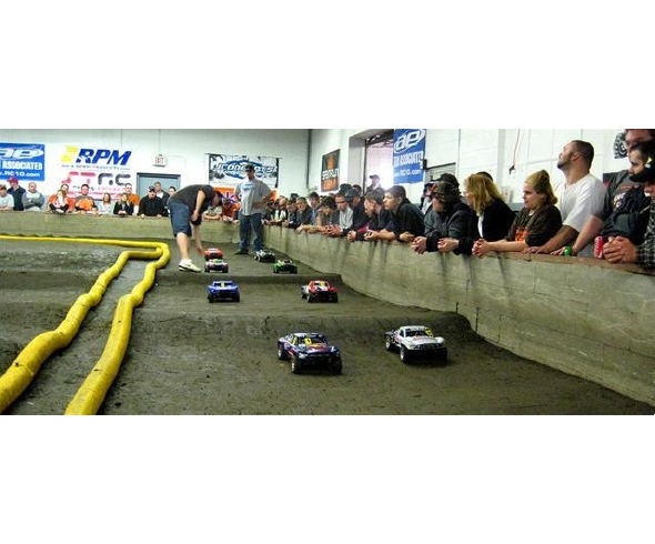 Traxxas Draws Crowds, Supports Racers at Short-Course Showdown