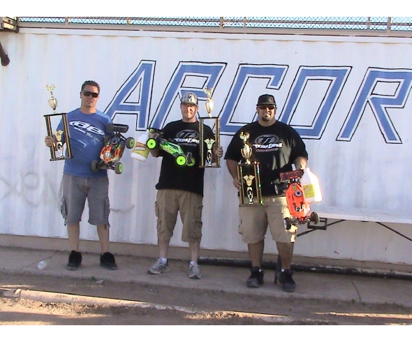 Losi Drivers Friery and Clement Claim Wins at Tumbleweed Classic
