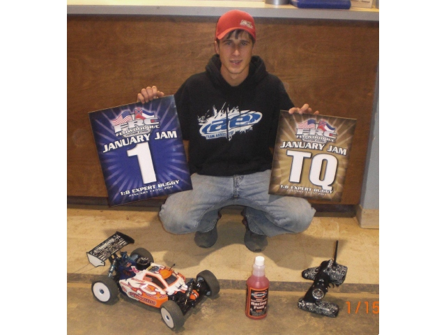 Team Associated's Derek Guidry TQ's And Wins 1st Annual January Jam Race