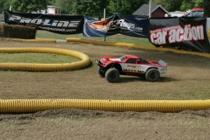 1/5 scale, large scale rc vehicles, rcca, rc car action, radio control, pro-line sponsor, photo 3, red truck