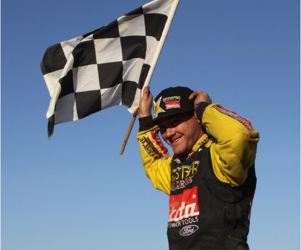 Team Associated's Kyle LeDuc wins big in 2010 Rockstar Energy Lucas Oil Challenge Cup