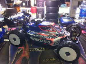 Ryan Maifield, JConcepts, 1/8 Pro Buggy, CRCRC Midwest Championships, rcca, radio control, rc car action, photo 5, blue, pink, jconcepts, associated