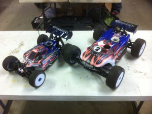 Ryan Maifield, JConcepts, 1/8 Pro Buggy, CRCRC Midwest Championships, rcca, radio control, rc car action, maifield vehicles, pink, blue, photo 4