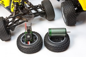 castle creations, rcca, rc car action, radio control, tires, mamba brushless system xl 1/5