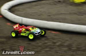 ryan cavalieri, mod truck, crcrc midwest electric championship, t4.1, pro-line, mod4wd, mod sct, mod 2wd, rcca, radio control, rc car action, photo 3, race car, yellow wheels, action shot