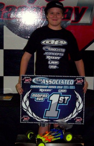 Jimmy Barnett Wins Team Associated Series