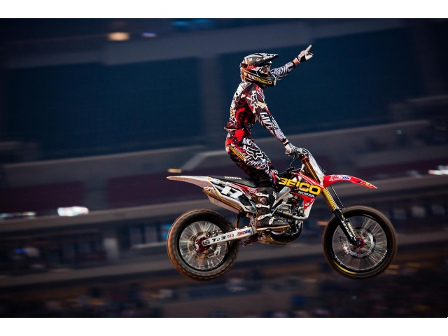Team Associated's Barcia And Canard Win Supercross In Houston