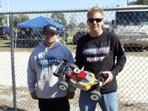 JR Mitch, JConcepts, Florida State Series #4, rcca, radio control, rc car action, photo 5, men and car, reedy