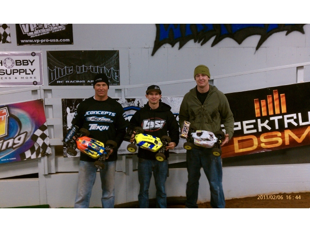 TLR Takes 1/8 Electric Win At Warehouse Indoor Raceway In Helena, Alabama