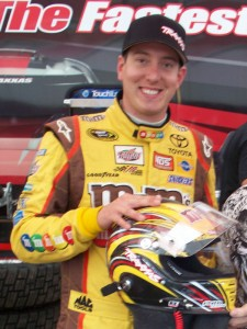 Kyle Busch, Kyle Busch race-worn Helmet TORC Debut, rcca, rc car action, radio control, photo 5, busch helmet, traxxas helmet