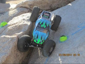 team losi racing, tlr, colorado winter series event #4, colorado winter series, jake wright, mark reel, photo 2, blue buggy, rocks