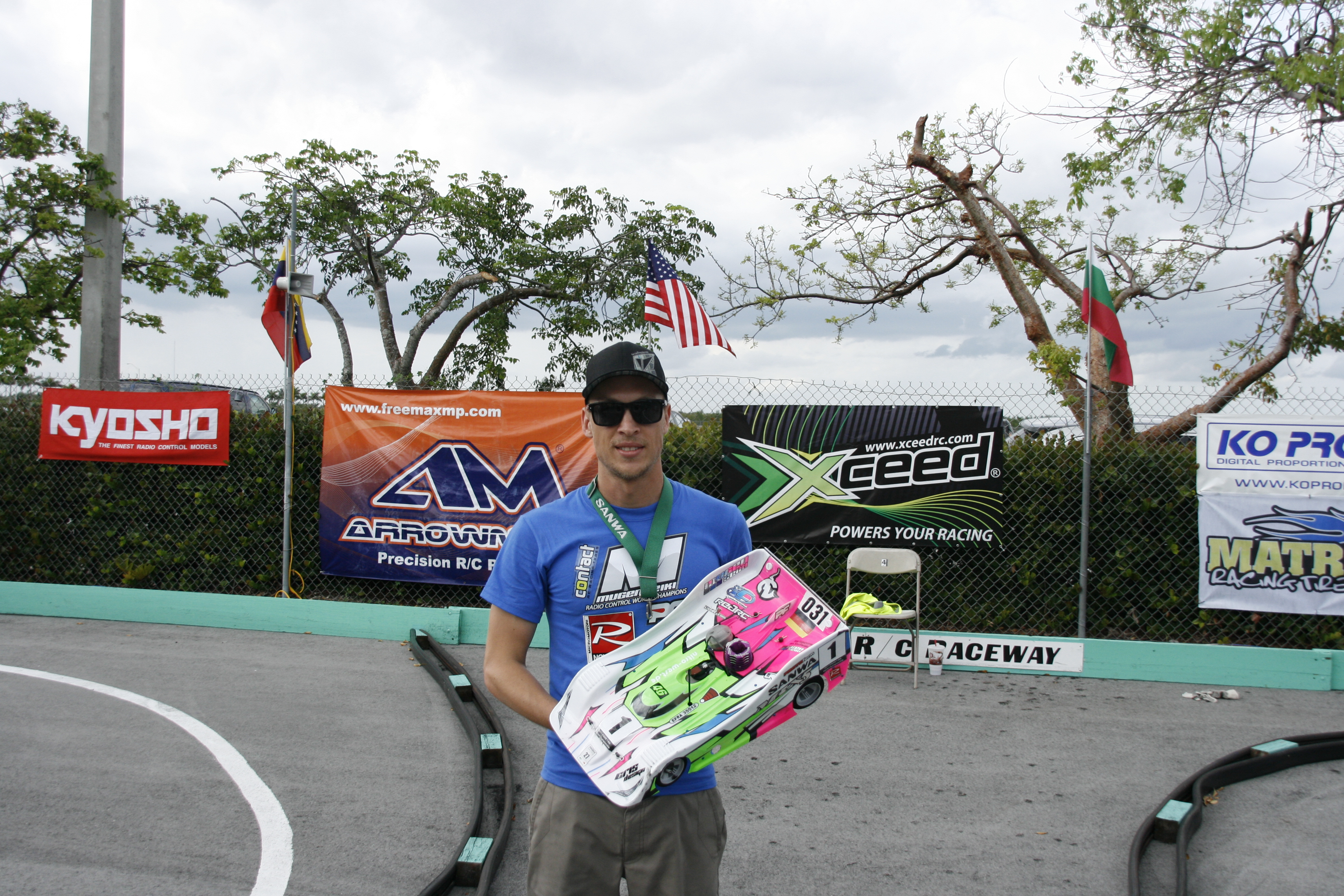 Robert Pietsch & Mugen Win 1/8-scale On-road World Championship