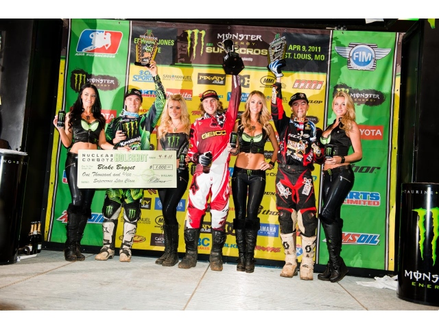 Team Associated's Justin Barcia Wins St. Louis SX