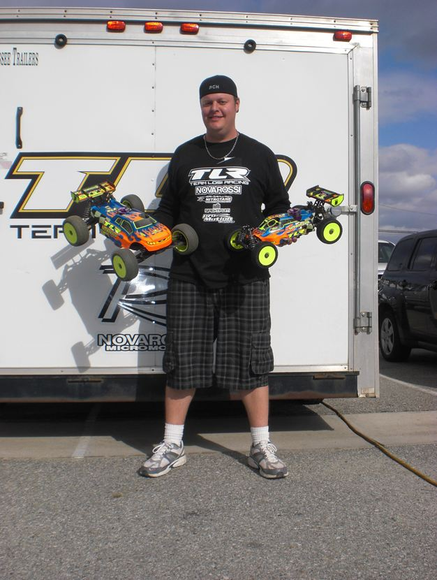 Drake Sweeps 1/8 Buggy And Truck At Round 4 Of The Team Losi Racing Winter Series