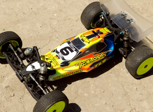 TLR 22 Shock Tips from Mike Truhe (Video)