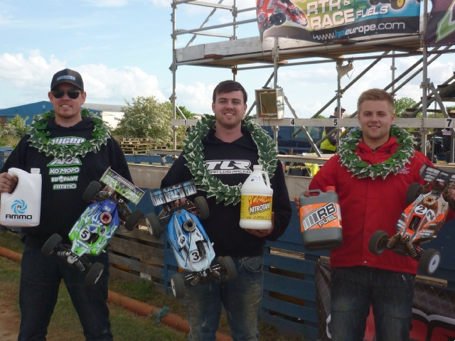 TLR Wins At Round 2 Of The English Nationals