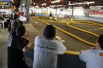 2011 Short Course Showdown: Qualifying Begins