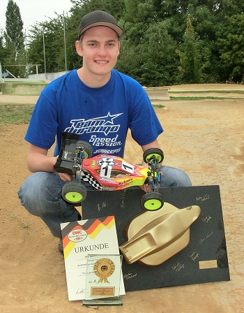 German 2WD Nationals: Neumann Sweeps