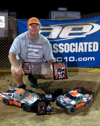 Futaba Electric Challenge 2011: Mike Nelson Wins Mod 2WD SCT And 30 Minute Team SCT Enduro