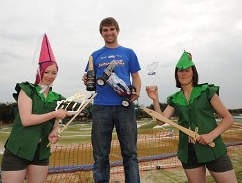 oOple Invitational At Robin Hood Raceway: Tom Cockerill And Schumacher Win