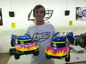 Round 4 Of the 2011 Short Course Showdown: TLR Sweeps All Classes