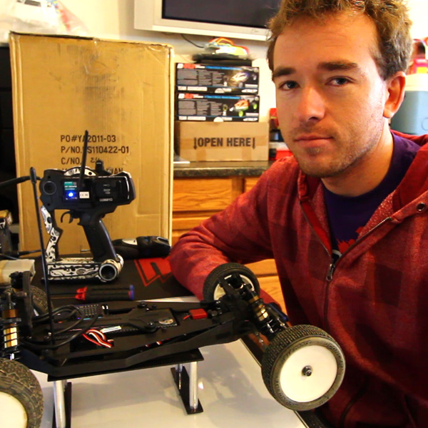 Kyosho's Jared Tebo Prepping His RB5 for a Race  [VIDEO]