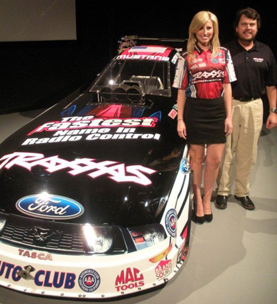 Courtney Force, Traxxas team up for 2012 rookie Funny Car run