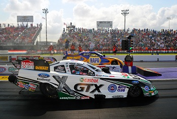 Mike Neff Gets A Win For Traxxas And John Force Racing At Houston's Royal Purple Raceway