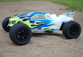 DE Racing Trinidad ST Wheels For The Team Associated T4.1