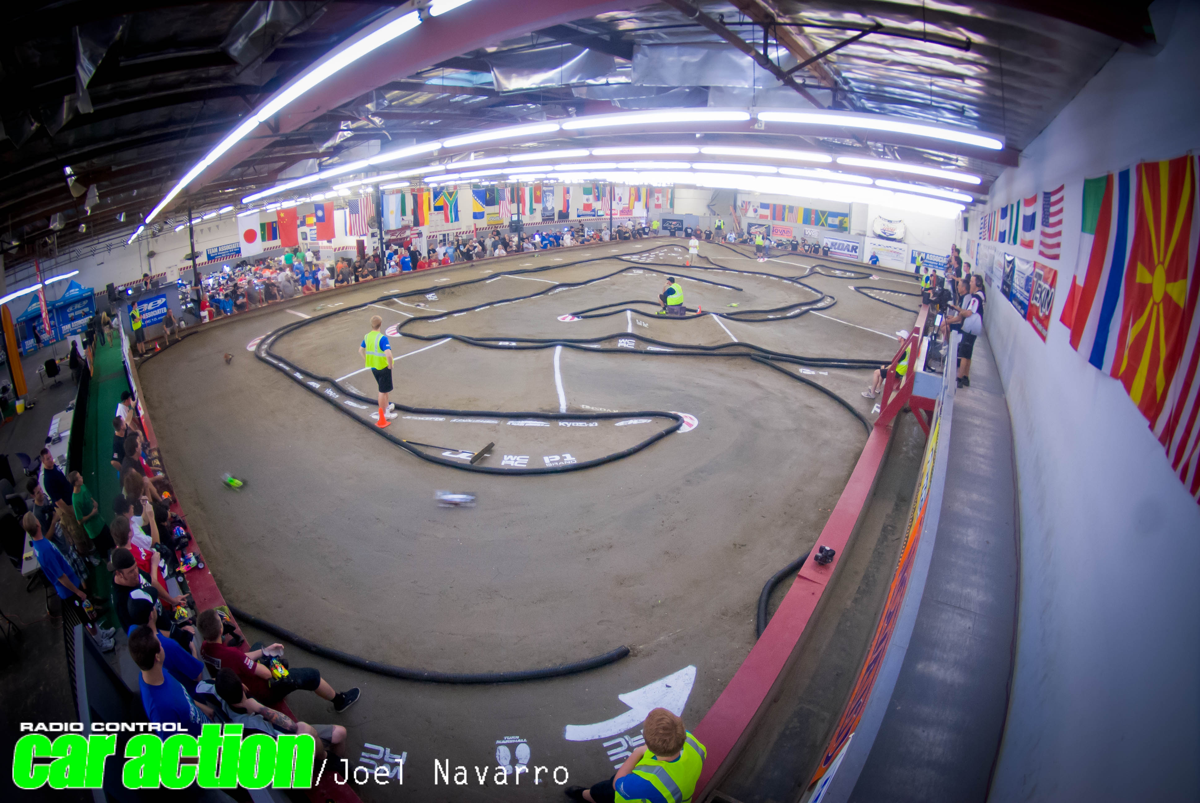 2012 Electric Off-Road ROAR Super Nationals Coverage – Watch Associated's Ryan Cavalieri Sweep all 3 Modified Classes! [Racing Video]