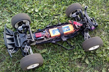 Spotted: Pro-Line's Pro-2 Performance Chassis Conversion For The Traxxas Slash