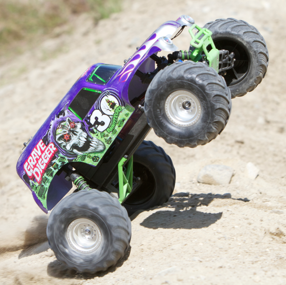 Traxxas 30th Anniversary Grave Digger – Video