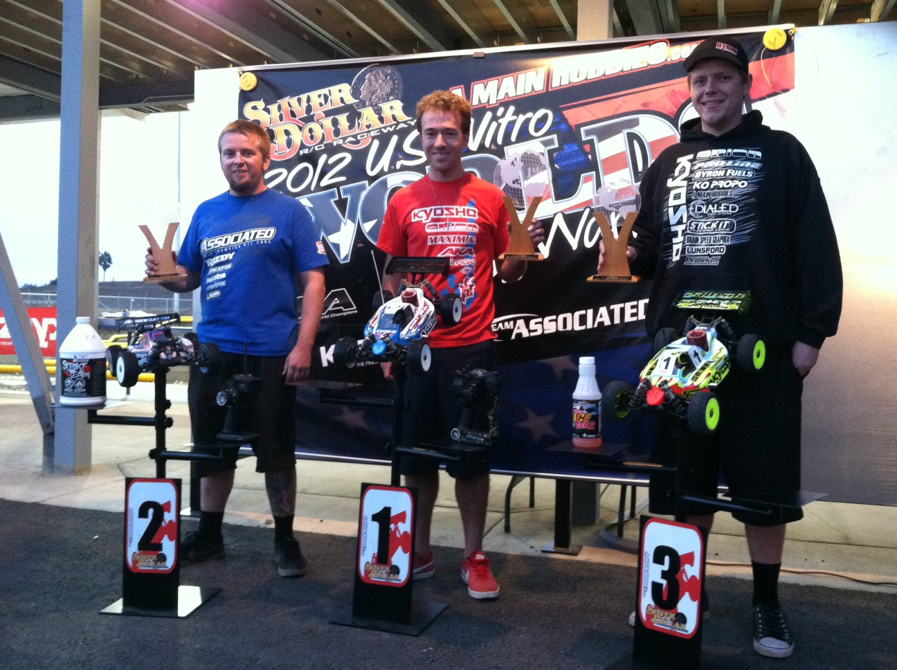 Kyosho's Jared Tebo Wins A-Main USA Worlds Warm Up