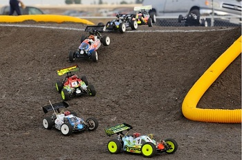 A Main Hobbies' Silver Dollar Raceway World's Warm-Up Race Report
