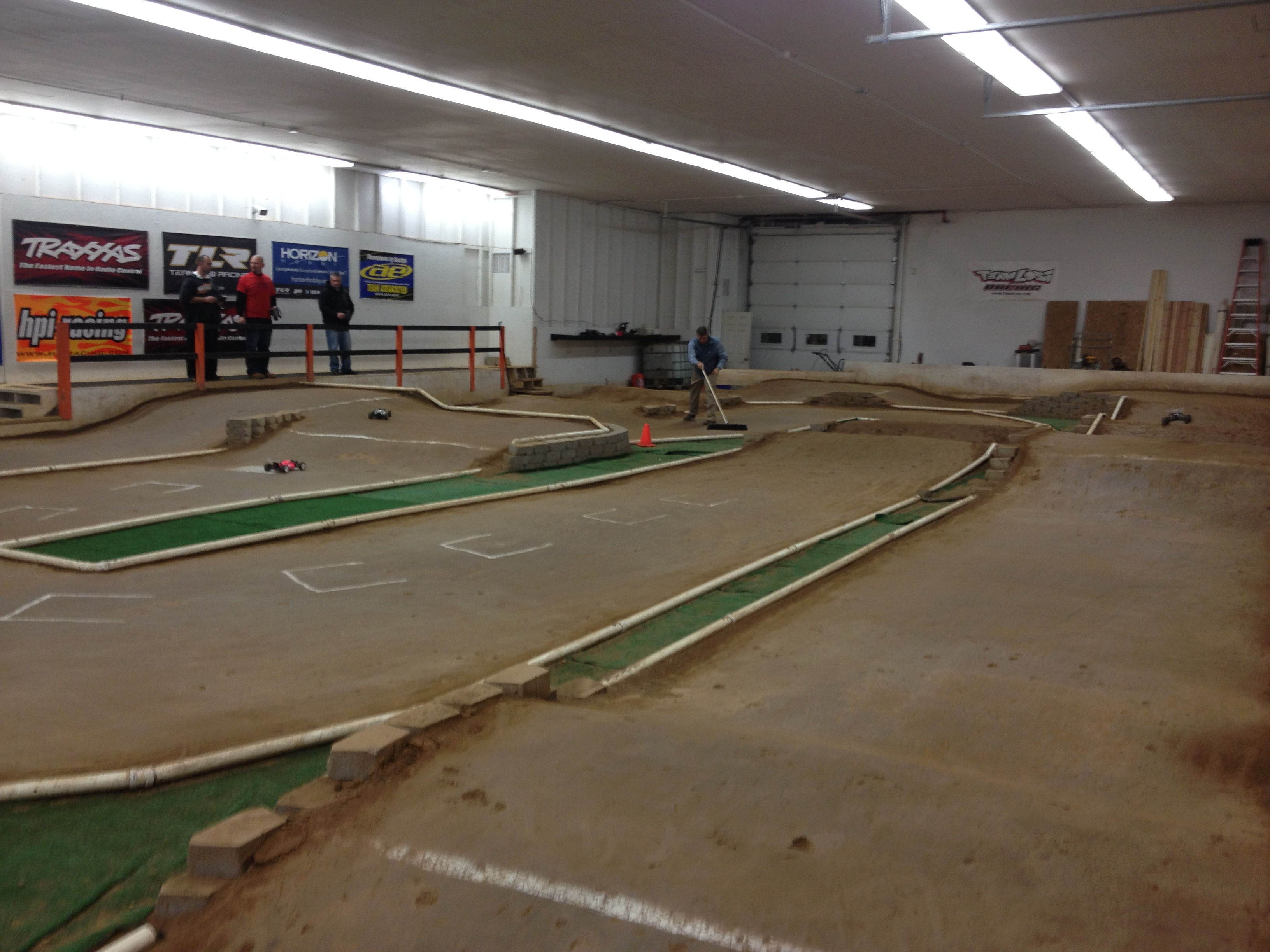 The Wolcott Hobby Raceway surface is a bit unlike what we're used to here in CA.
