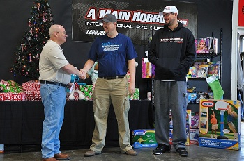 A Main Hobbies And BMiller Racing Sponsor The Pay It Forward Charity Race
