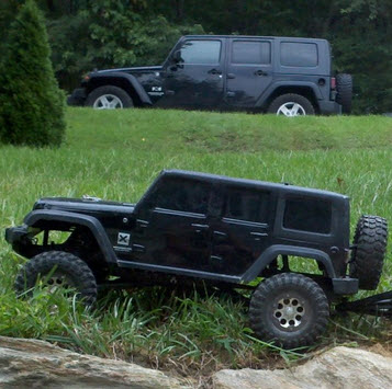 Readers' Ride Of The Week: Scale Jeep With Handmade Enclosed Trailer