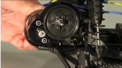Tech Tip – How To Set Gear Mesh [VIDEO]