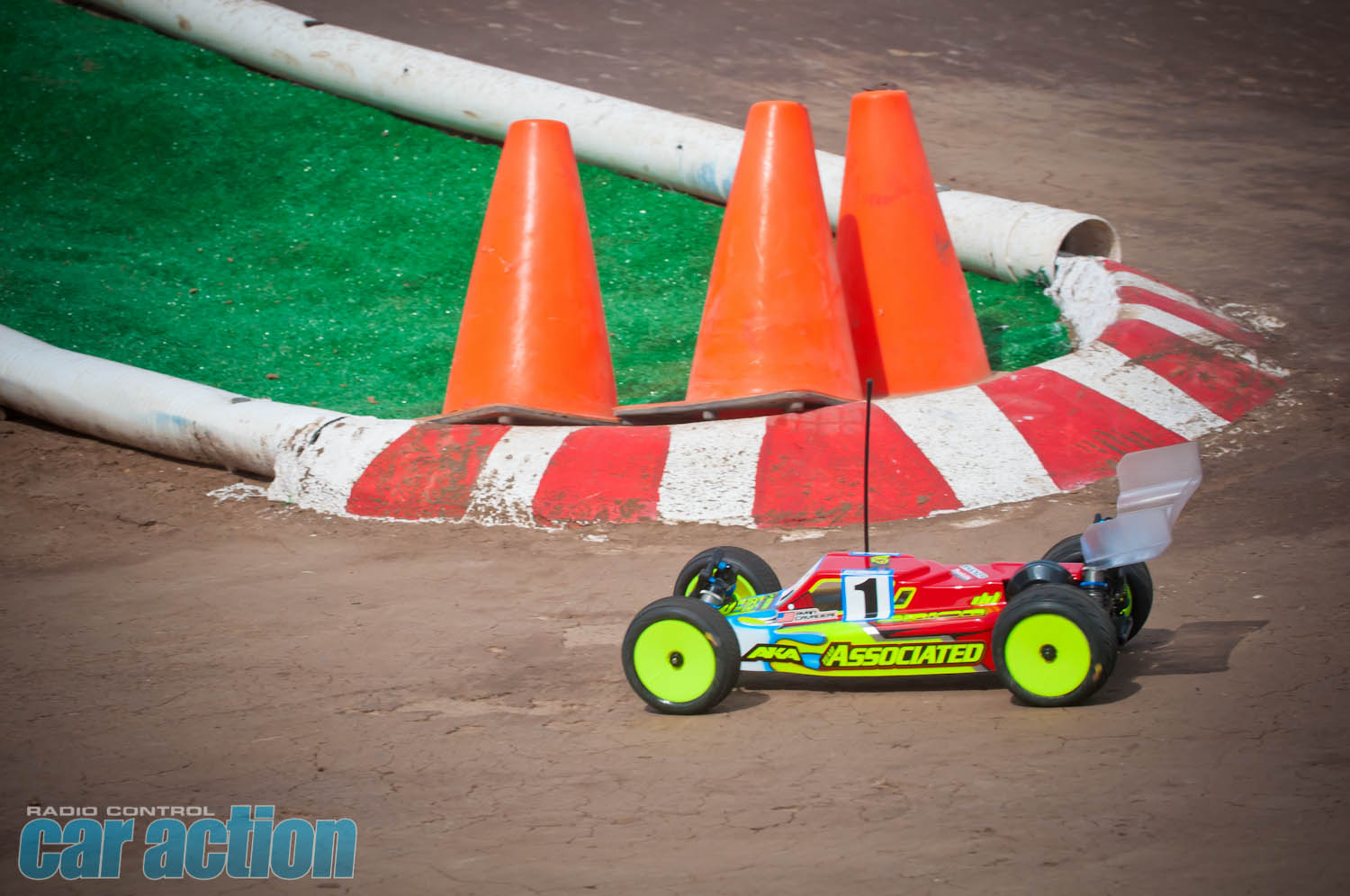 2013 IFMAR Worlds - Tuesday Rnd 1_00153