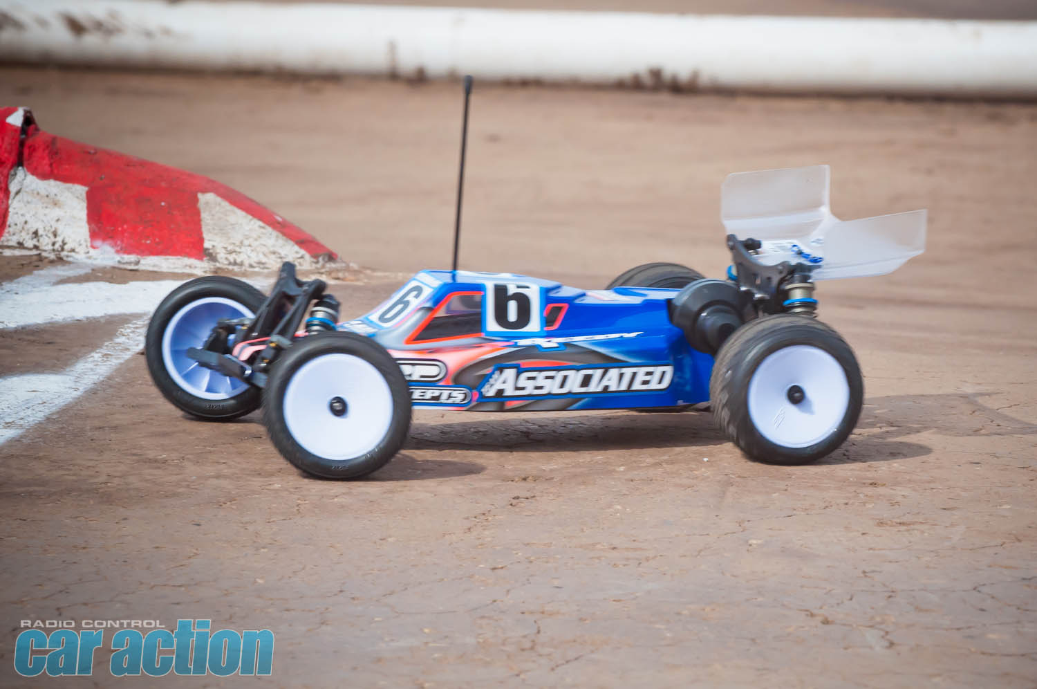 2013 IFMAR Worlds - Tuesday Rnd 1_00212
