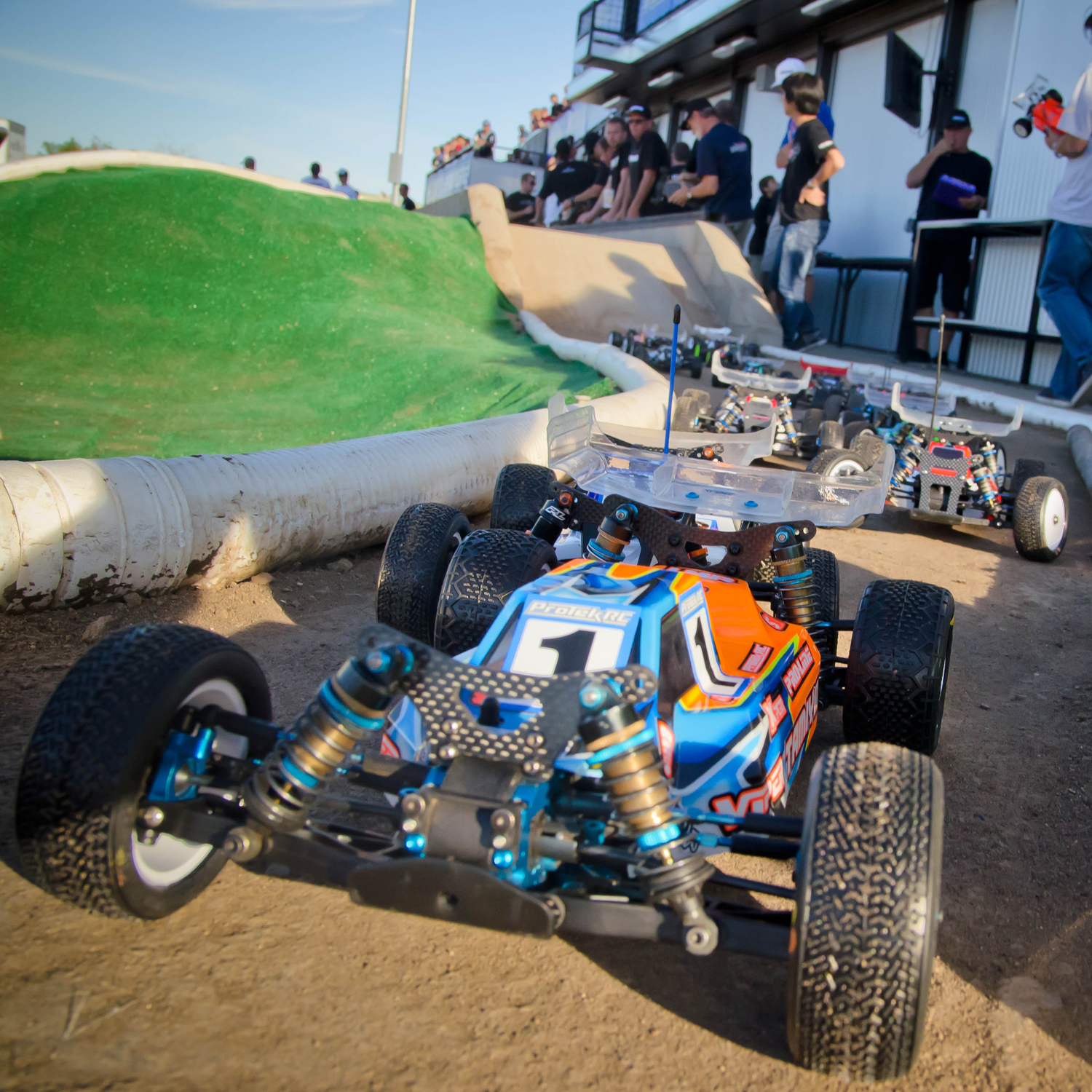 IFMAR Worlds Video Update: Drivers Talk 4WD Practice
