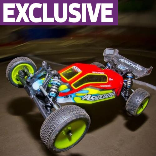 We Drive It First! Team Associated RC10B5 and B5M