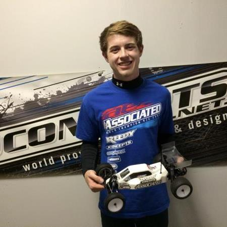 FAST LAPS: Young Team Associated standout wins in B5 debut, and Pro-Line takes a few lucky racers to school!