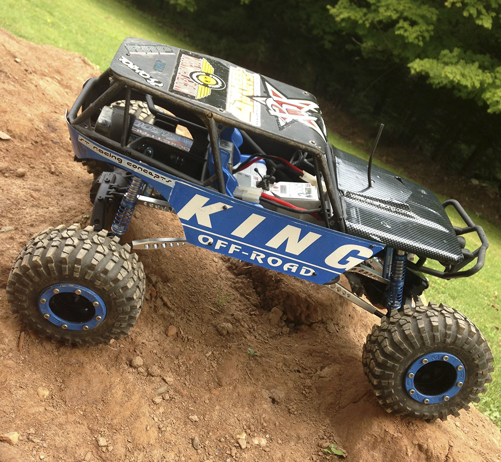 """""""King"""" Of The Trail: Tyler Puterbaugh's Axial Wraith"""