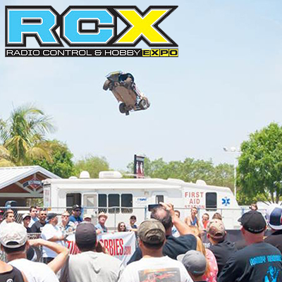 Losi 5IVE-Ts Airing It Out at RCX!